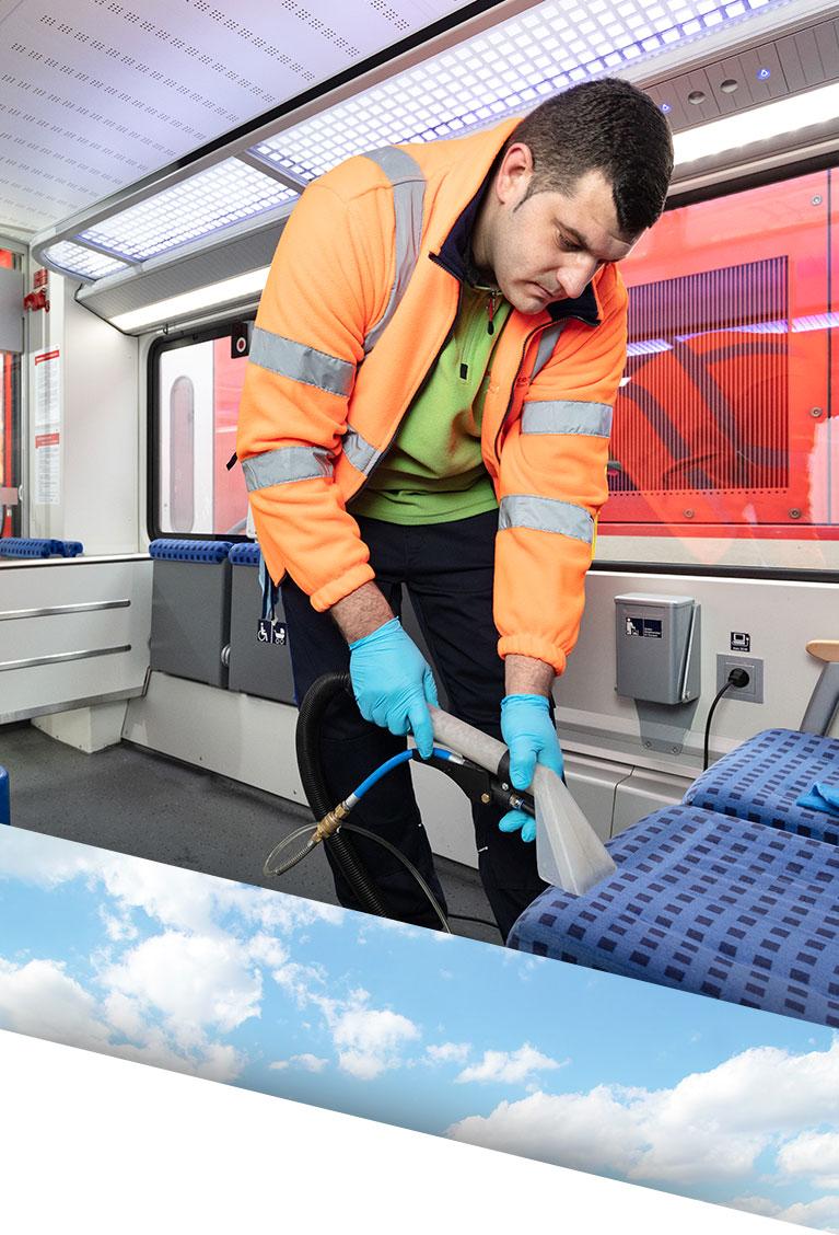 Bahninnenreinigung durch Fachkraft