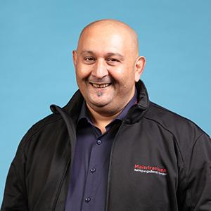Zoran Kostic - Leiter Fahrzeugreinigung